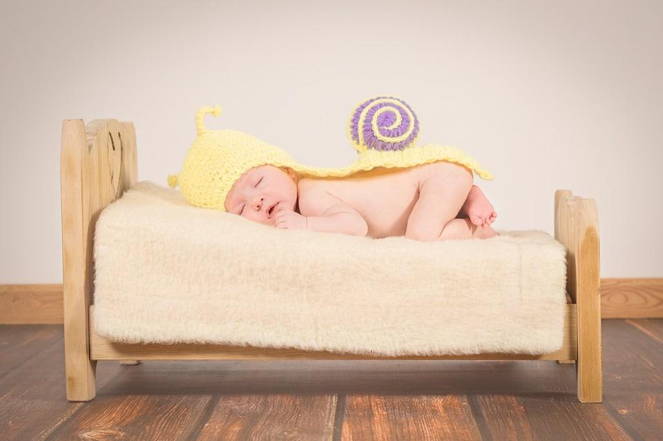 שינה על הבטן תינוקות